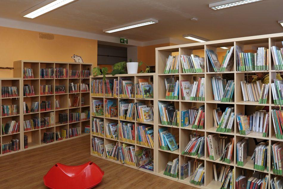 knihovna Lázně Bělohrad